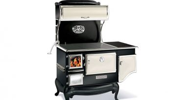 How to Find a Great Antique Kitchen Stove